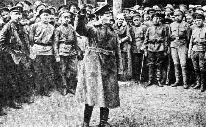 Lulechnik_Trotsky_3
