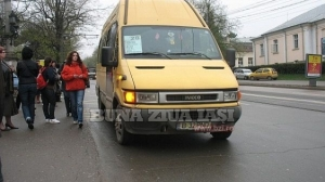 s560x316_Maxi_Taxi_in_statie_copy