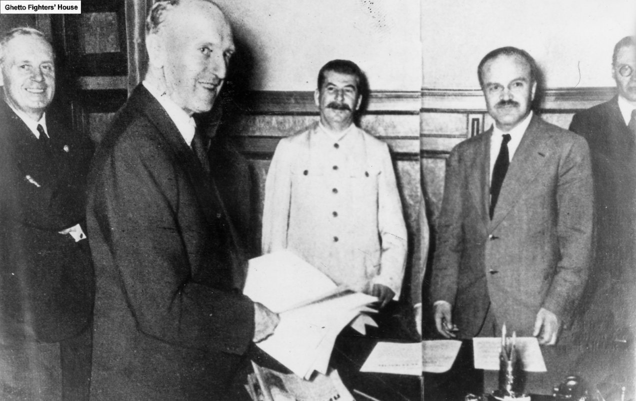 Molotov,Ribbentrop_e_Stalin